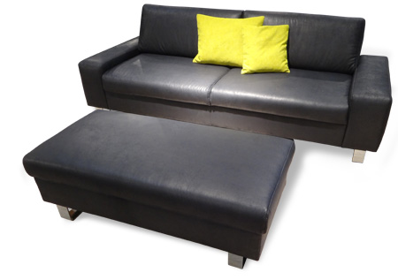 2 Sitzer Sofa Mit Hocker