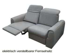 2-Sitzer mit Fernsehsessel.