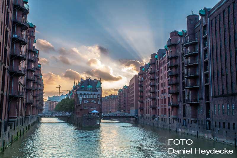 Speicherstadt bei Sonnenuntergang.