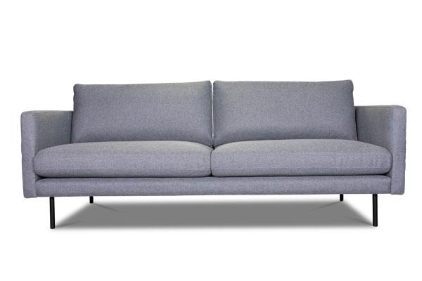 Nordisches 2-Sitzer Sofa.