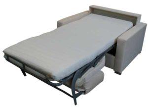 Schlafsessel mit Matratze.