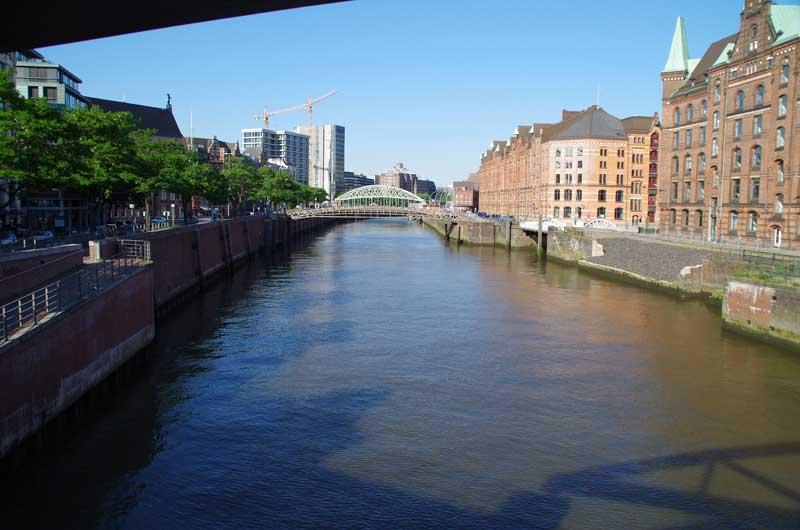 Kanal und Speicherstadt